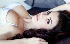 brunette, Tanit Phoenix