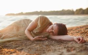 model, girl outdoors, beach