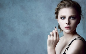 actress, face, girl, blonde, Chlo Grace Moretz, painted nails