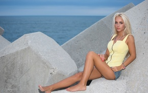 sea, rock, girl, barefoot, blonde, jean shorts