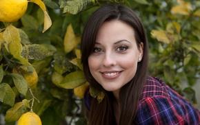 lemons, smiling, face, looking at viewer, girl, Lorena Garcia