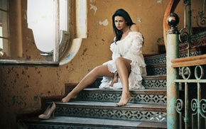high heels, sitting, model, brunette, abandoned, dark hair
