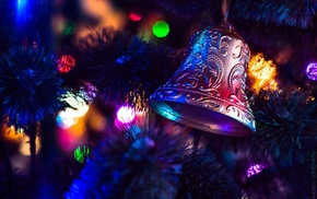 Christmas ornaments, macro, bokeh