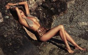 girl outdoors, closed eyes, shorts, Miranda Kerr, armpits, barefoot