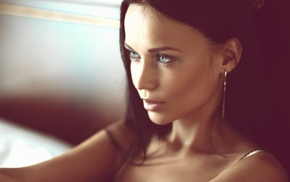 bare shoulders, blue eyes, girl, open mouth, looking away, face