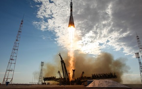 Rocket, universe