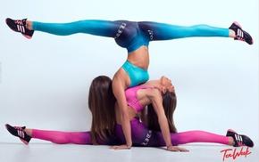 yoga pants, yoga, brunette