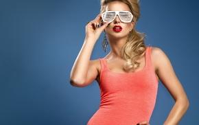 shirt, red lipstick, model, blonde, glasses