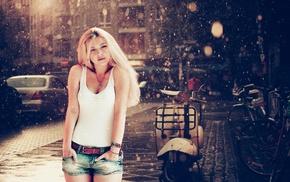 jean shorts, blonde