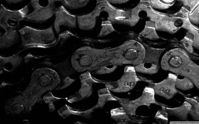 chains, gears, black background, monochrome, bicycle chain, closeup