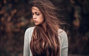 long hair, auburn hair, girl outdoors, depth of field, girl, Martin Khn