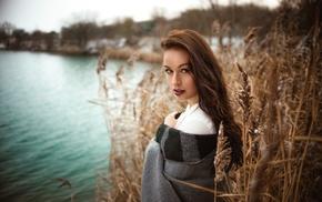 girl outdoors, blankets, looking at viewer, girl, Miro Hofmann, model
