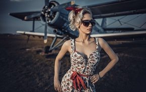 Antonov An, 2, aircraft, girl with glasses, blonde, model