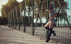 fence, hoods, girl, sunglasses, jean shorts, knee