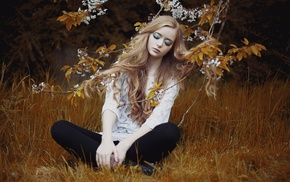flowers, girl outdoors, eyeshadow, sitting, blonde, twigs