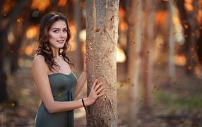 dress, blue eyes, bare shoulders, smiling, depth of field, brunette