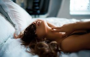 Nika Litvinova, 500px, in bed, mask, brunette, girl