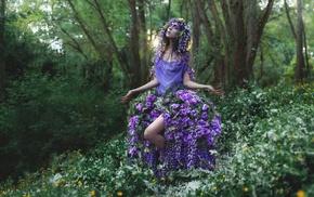 model, girl outdoors, nature, flowers, purple flowers, wreaths