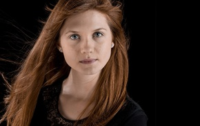 celebrity, Bonnie Wright, girl, actress