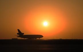 military aircraft, aircraft, McDonnell Douglas KC, 10 Extender, runway, silhouette