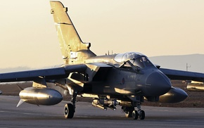 Panavia Tornado, Royal Airforce, military aircraft, Brimstone, runway, aircraft