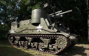 tank, M7 Priest