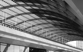 monochrome, train station