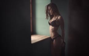 fitness model, cleavage, window, Massimo Leonardi, black bras, lace