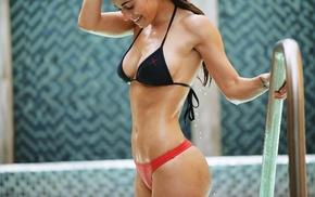 model, Amanda Mae, wet body, bikini, swimming pool, sideboob