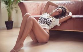legs, sitting, juicy lips, model, girl, couch