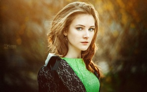 face, looking at viewer, Sergey Piltnik, long hair, redhead, green eyes