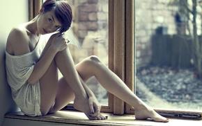 Rosie Robinson, window sill, short hair, barefoot, girl