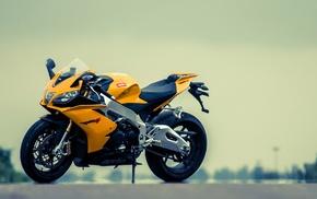 Aprilia RSV4, motorcycle