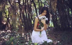 lips, girl outdoors, forest, girl, flowers