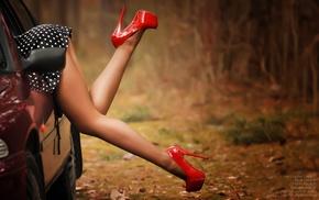 Dmitry Usyk, high heels, bottom up, red heels, upskirt, girl