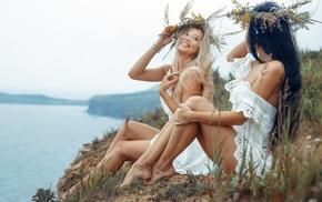 black hair, sitting, model, girl outdoors, feet, flower in hair