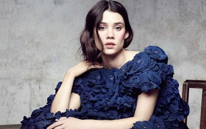 looking at viewer, celebrity, brunette, girl, Astrid Berges, Frisbey