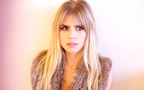 brown eyes, Carlson Young, looking away, face, blonde, celebrity
