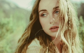 hair in face, looking away, musician, girl, blue eyes, Zella day