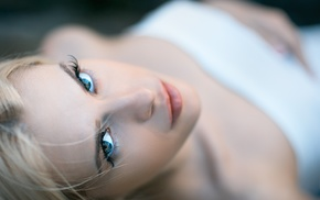 bare shoulders, looking at viewer, blue eyes, depth of field, girl, Igor Egorov