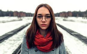 girl outdoors, looking at viewer, face, girl with glasses, brunette, winter