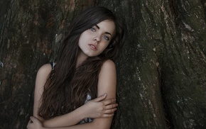 long hair, looking at viewer, freckles, girl, brunette, trees
