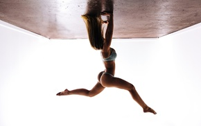 girl, curvy, upside down