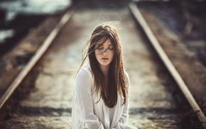 brunette, portrait, freckles, depth of field, face, railway