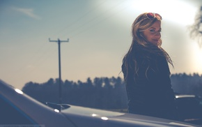 rear view, hazy, girl outdoors, car, blonde, girl