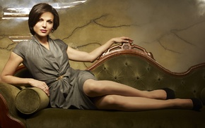 girl, brown eyes, Lana Parrilla, legs, couch, brunette