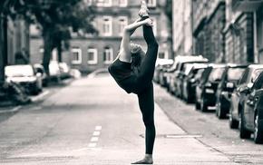 street, ballet, girl outdoors, monochrome