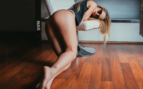 ass, tattoo, Vico Viedma, girl, kneeling, sunglasses